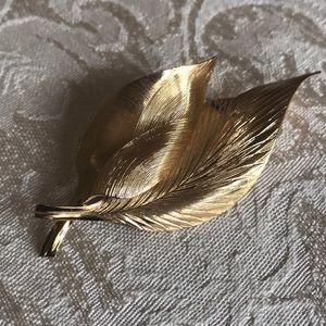 Crosse 1964 German signed designer leaf pin